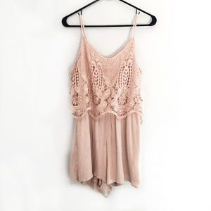 Mossimo Dusty Pink Romper Lace M